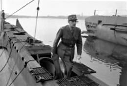 WW2  -Le Général De Gaulle Visite Un Sous-marin Des FNFL - 1939-45