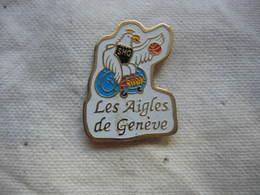 Pin's Des Aigles De Meyrin,Section Basket-ball De Handisport Genève En Suisse - Basketball