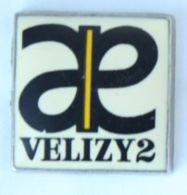 Pin's VELIZY VILLACOUBLAY (78) - Centre Commercial VELIZY 3 - Le Logo - Zamac - 17 - H187 - Cities