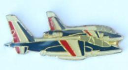 Pin's Escadrille De 2 ALPHA JETS - Patrouille De France - I.D Monte Carlo  - H190 - Airplanes