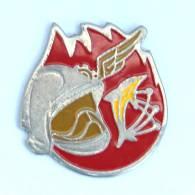 Pin's SAPEURS POMPIERS - Casque - Flammes - Dauphin - Ailes - H214 - Firemen