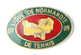 Pin's FFT - Ligue De NORMANDIE De Tennis  - Carte De La Région - Raquette - Formula - H215 - Tennis
