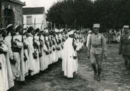 France WWI Marne Passage En Revue D'une Unité De Spahis Ancienne Photo 1917 - War, Military