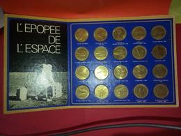 """VINTAGE MÉDAILLER  """" L'ÉPOPÉE DE L'ESPACE """" 1969 COMPLET OFFERT PAR SHELL Voir Photos - Other"""