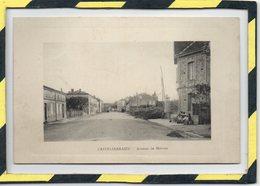 DPT 82 . - . CASTELSARRASIN - AVENUE DE MOISSAC - Castelsarrasin