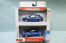 Mondo Motors - Coffret GENDARMERIE Peugeot 207 + Renault Megane NBO 1/43 - Other