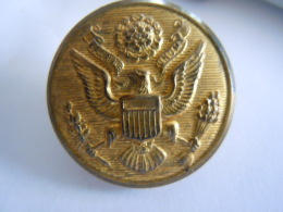 US  Leger Knoop Bouton Armoirie WWII US ARMY GOLD EAGLE Overcoat Button Brass Rex Products Corp New Rochelle N.Y. 2,8 Cm - Boutons