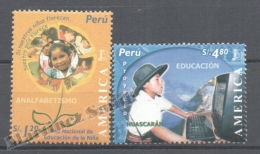 Perou - Peru 2004 Yvert 1431-32, América UPAEP, Education - MNH - Perú