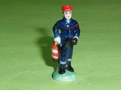 Fèves / Personnages / Métiers : Le Pompier  T22 - Characters