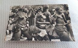 BANGUI Danseuses Du 14 Juillet - Central African Republic