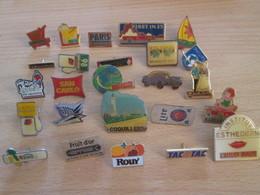 A Prix Cassé !!! LOT18-151 De 25 Pin's En Très Bon état , Tous Différents , Avec Leurs Attaches - Badges