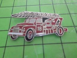 312B / PINS PIN'S Rare Et De Belle Qualité : THEME POMPIERS / GRANDE ECHELLE ANNEES 50/60 - Firemen