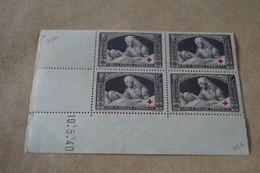 RARE,Superbe Feuillet De 4 Timbres,strictement Neuf Avec Gomme,1940,Croix Rouge,N° 460 - France