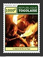 TOGO 2017 - Fire Dance - Mi 8275 - Togo (1960-...)