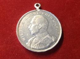 Orden Medaille Abzeichen An Öse 1914 Feldzug Gegen Frankreich Russland England U.s.w. Aluminium Wilhelm II. - Deutsches Reich
