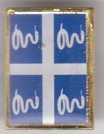 PIN'S DRAPEAU MARTINIQUE - Unclassified