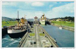 PANAMA  CANAL:  MIRAFLORES  LOCKS  -  FROM  MIRAFLORES  BRIDGE  -  PHOTO  -  FP - Panama