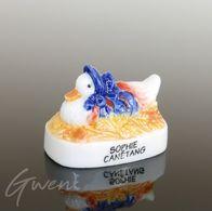 Feve Beatrix Potter Prototype Sophie Canétang Miniature Porcelaine Brillante - Dessins Animés