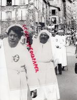 43- LE PUY EN VELAY-PROCESSION DU 15 AOUT 1982- CELEBRATION VIERGE MARIE - RARE  PHOTO ORIGINALE - Lieux