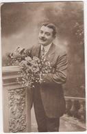 L'Homme Avec Fleurs - (Métro 1228) - 'La Liberation De La Classe 19', '6e Section C.O.A. Concentration Reims Marne' 1919 - Mannen
