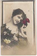 Vrouw  Femme  Frau  Woman Roses/Rosen/Rozen - ( Send To: Báznafürdó, Hungary - 9/7/VII/10) - Vrouwen