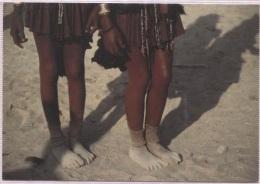 CPM - PIEDS De JEUNES DANSEUSES - Photo Tanneke Melis - Edition Art Unlimited - Namibia