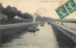 BOUGIVAL - Intérieur De L'Ecluse - Bougival