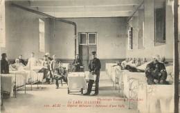 ALBI - Hôpital Militaire - Intérieur D'une Salle - Albi