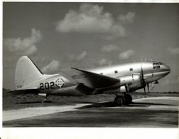 DOMINICAIN  AIR FORCE DOMINICANA      CURTISS  C 46 COMMANDO  24* 18 CM Aviation, AIRPLAIN, AVION AIRCRAFT WRIGHT - Aviation