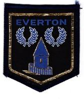 Badge Everton Embroidered 2 Scans Ca  7 X 6 Cm - Bekleidung, Souvenirs Und Sonstige