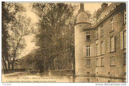 61. Flers. Hotel De Ville Et La Douve - Flers