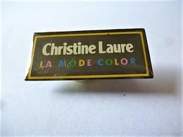 PINS  Marque Vêtements Féminin Christine LAURE La Mode Color / 33NAT - Trademarks