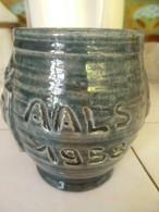 Hand Gedraaide  Bierpul  In Keramiek  Blauw - Groenachtige Kleur Stempel Onderaan                    1958  AALST - Autres Collections