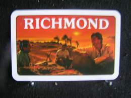 Playing Cards / Carte A Jouer / 1 Dos De Cartes, Inscription  Publicitaire / Cigarettes Richemond - Cigarette Holders