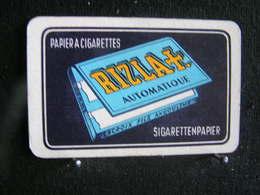 Playing Cards / Carte A Jouer / 1 Dos De Cartes, Inscription  Publicitaire / Papier A Cigarettes Rizla Croix - Objets Publicitaires