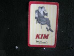 Playing Cards / Carte A Jouer / 1 Dos De Cartes, Inscription  Publicitaire / Cigarettes Kim Spicial - Objets Publicitaires
