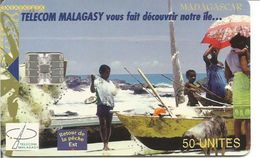 Télécarte De MADAGASCAR - Retour De La Pêche ( 50U SC7 12/00 100 000 Ex.) - Madagascar