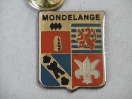 Pin's - Ville MONDELANGE 57 Moselle Région Grand-Est - Blason  Armoiries De Mondelange - Cities