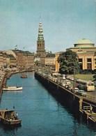 COPENHAGUE LE MUSEE DE THORVALDSEN/VEHICULES EN STATIONNEMENT (dil386) - Danemark