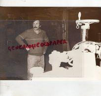 87 - CHATEAU CHERVIX- THIELOU REHABILITER LE BOIS LIMOUSIN -RARE PHOTO ORIGINALE 1983 - Persone Identificate
