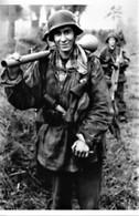 WW2 - Grenadier Allemand Porteur D'un Panzerfaust - 1939-45