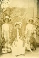 Madagascar Femmes De L'Ethnie Betsimisaraka  Ancienne Photo Ramahandry 1910' - Africa