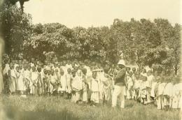 Madagascar Vaccination Des Enfants Sante Publique Ancienne Photo Ramahandry 1910' - Afrique