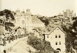 Madagascar Tananarive La Cathédrale Rue Animee Ancienne Photo Ramahandry 1910' - Afrique