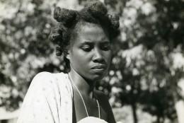 Madagascar Antsalova Femme Sakalave Sakalava Du Menabe Ancienne Photo 1950 - Africa