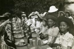 Madagascar Tananarive? Fête Des Enfants Repas Champetre Ancienne Photo 1950 - Africa