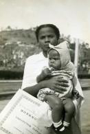 Madagascar Tananarive Fête Des Enfants Mere Et Son Bebe Ancienne Photo 1950 - Africa