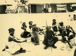 Madagascar Groupe De Femmes Hommes Indigenes Ancienne Photo 1937 - Africa