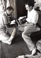 WWII Australie Rescapes De Raid Allemand Sur Le Rangatine Ancienne Photo 1941 - War, Military