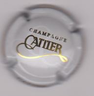 Capsule Champagne CATTIER ( Nr ; Gris-crème Et Or ) {S29-18} - Unclassified